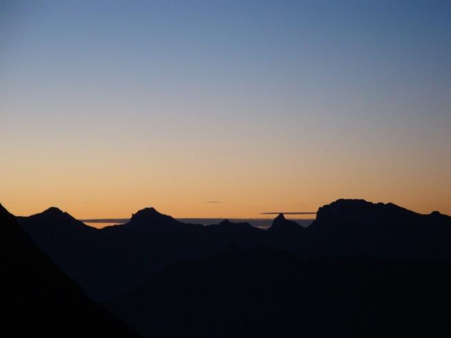 silhouette (IV) et nuages
