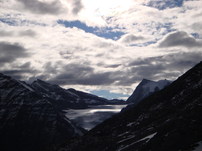Glacier du Giétro avec Mont Blanc de Cheilon au fond